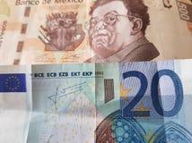 20 euroanmärkning och 500 pesos av Mexico, bakgrund och textur Arkivbild