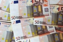 Euroanmärkningar som bildar bakgrund Arkivbild