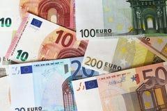 Euroanmärkningar som bildar bakgrund Royaltyfri Foto