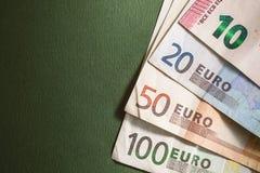 Euroanmerkungen mit Reflexion Lizenzfreies Stockfoto