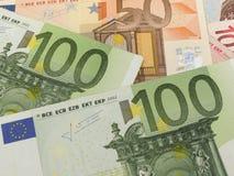 Euroanmerkungen mit Reflexion Stockbild