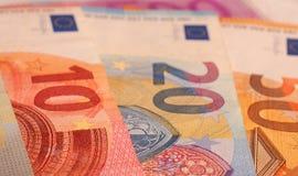 Euroanmerkungen schließen oben Stockbilder