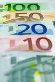 Euroanordnung - 50 Euro Stockfotos