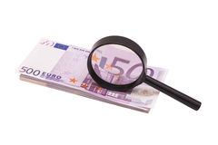 Eurobanknote unter Lupe Stockfotografie