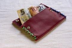 Eurobanknoten in einer Geldbörse Stockbild