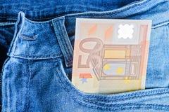 50 Eurobanknoten in einer Tasche Stockfoto