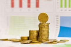 Eurocents und Diagramm Lizenzfreie Stockfotos
