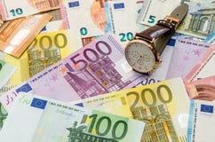 euroen bemärker reflexion close upp arkivfoton