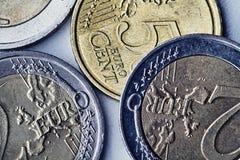 Euroen myntar arkivfoto