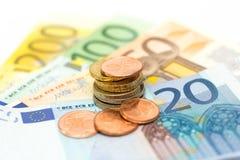 Euroet noterar pengar Arkivbild