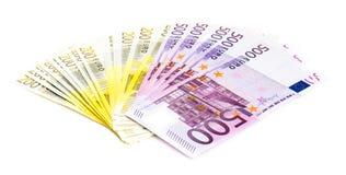 Eurogeld-Banknoten lokalisiert auf weißem Hintergrund Stockbild
