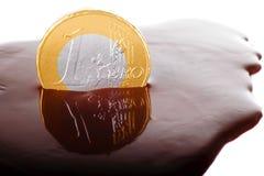 Euromünze in der Schokolade Stockbild