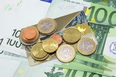 Euromünzen und Banknoten Lizenzfreies Stockbild