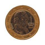 1 euromynt, europeisk union, Österrike isolerade över vit Arkivbilder