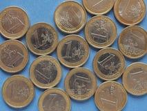 Euromynt, europeisk union över blått Arkivbild