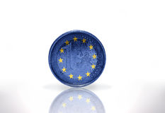 Euromynt med den europeiska fackliga flaggan Royaltyfri Foto