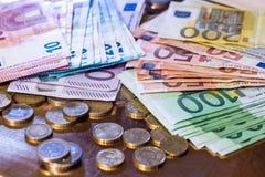 Euromynt och sedlar Royaltyfria Foton