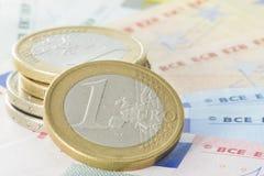 Euromynt och sedlar Royaltyfria Bilder