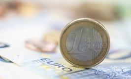 Euromynt på sedlar Arkivbilder