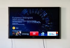Euronews app στην οθόνη TV LG Στοκ Φωτογραφία
