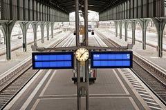 Europäische Bahnstation Stockfotografie