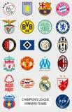 Europäische Fußballteamlogos Stockfotografie