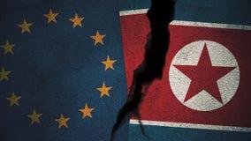 Europäische Gemeinschaft gegen Nordkorea-Flaggen auf gebrochener Wand Stockfoto