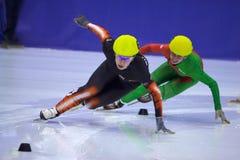 Europäische kurze Spur-Drehzahl-Eislaufmeisterschaft Stockbilder
