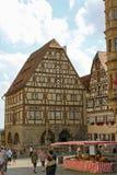 Europäischer Piazzamarkt Stockfoto