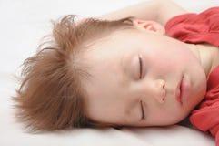 Europäisches schlafendes Kind 3 Jahre alte Porträt Stockfoto