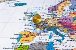 Europa översikt och kompass arkivfoto