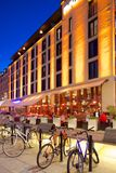 Europa, Escandinavia, Suecia, Goteburgo, restaurante en Vallgatan en la oscuridad Foto de archivo