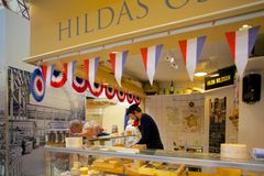 Europa, Escandinavia, Suecia, Goteburgo, Saluhallen, mercado Hall Interior Fotografía de archivo libre de regalías