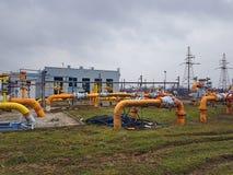 europa Estação de Gaz em Pologne outono 2017 Tecnologias da engenharia Sistema de distribuição do gás Transporte do recurso natur imagem de stock royalty free