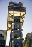 Europa för Santa Justa elevatorLissabon Portugal openwork gotisk synvinkel turism Arkivbild