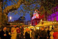 Europa, het Verenigd Koninkrijk, Engeland, Lancashire, Manchester, Albert Square, Kerstmismarkt & Stadhuis royalty-vrije stock afbeeldingen