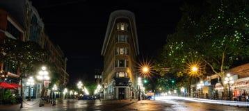 Europa-Hotel-Gas-Stadtnacht Vancouver Lizenzfreie Stockfotos