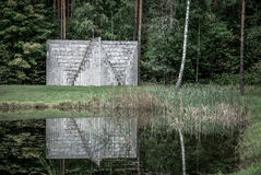 Europa Park, Dubbele Negatieve Piramide, Litouwen door Sol Lewitt Stock Foto