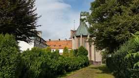 europa polonia Ciudad de Yaslo Monasterio de la parroquia de los franciscanos y del santuario de St Anthony de Padua Imágenes de archivo libres de regalías