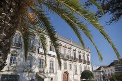 EUROPA PORTUGAL ALGARVE TAVIRA GAMMAL STAD Royaltyfria Bilder
