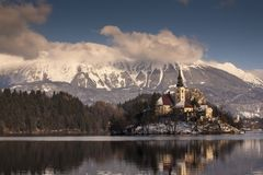 Europa, Slowenien, ausgebluteter See Lizenzfreies Stockbild