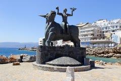Europa statua w Agios Nikolaos, Crete, Grecja Zdjęcie Stock