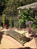 Europa UK, England, trädgårds- plats Arkivfoton