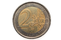 Europees muntstuk van Twee die euro, op een witte achtergrond wordt geïsoleerd Macrobeeld van Europese muntstukken Royalty-vrije Stock Foto