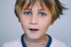 Europeisk skola-ålder pojke Royaltyfri Bild