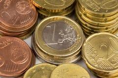 Europeisk valuta, euro myntar makroen - pengar Royaltyfri Fotografi