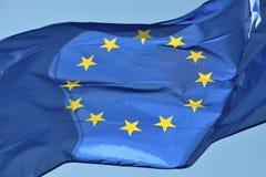 Europeiskt flaggaflyg royaltyfria bilder