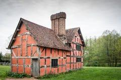 europeiskt hus fotografering för bildbyråer