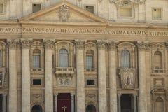Europeiskt lopp med roman arkitektur och forntida historia i t arkivbilder