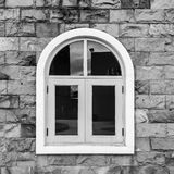 europeiskt stilfönster arkivfoton